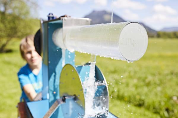 WELLENSPIELER Wasserspiel