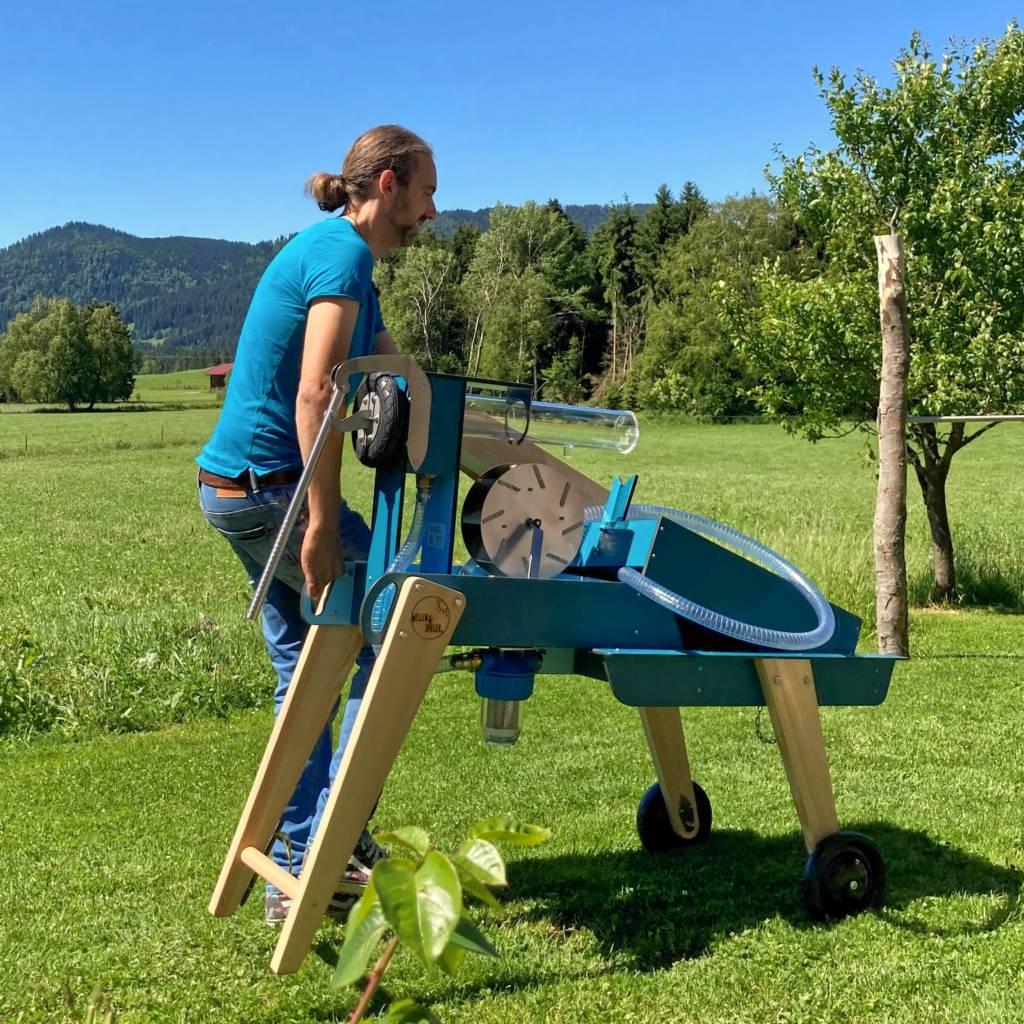 WELLENSPIELER Wasserspiel auf Rädern mobil